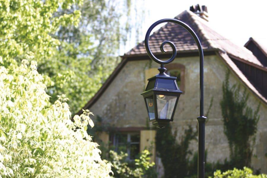 Roger Pradier Avenue 2 buitenlamp AV2-8: online bij TuinExtra lantaarnpaal krul