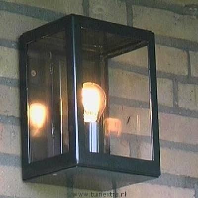 Exclusieve buitenverlichting Atlanta 1996: TuinExtra heeft een uniek assortiment buitenlampen in webshop en showroom.