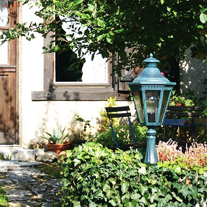 sokkellamp Victoria 6: Roger Pradier buitenlamp online bij TuinExtra