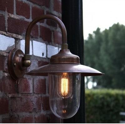buitenlamp koper tilburg koperen stallamp in showroom en