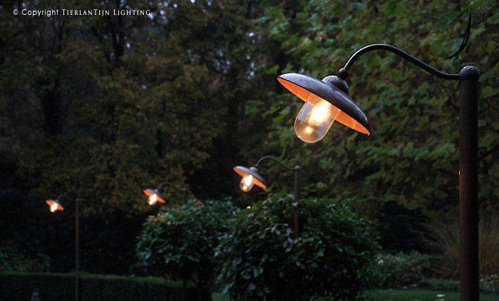 Lucce Tierlantijn lantaarnpaal koper tuinverlichting 703.1.000