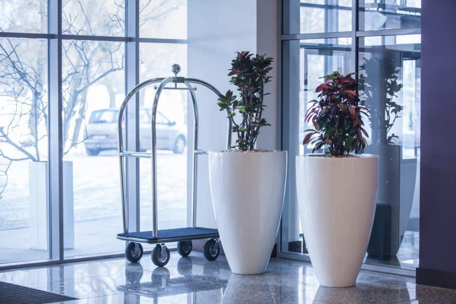 bloembak rond plantenbak wit glossy hoogglans kunststof polyester tuinextra